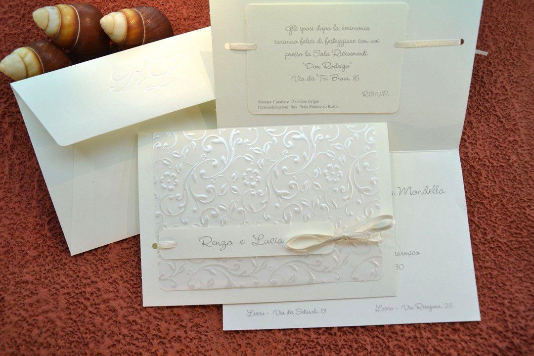 Partecipazioni Matrimonio 95099.Partecipazione Nozze Rettangolare Avorio Partecipazioni Petali